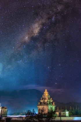 Milkyway Over Candi Arjuna